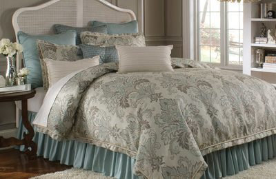 coverlets and bedspreads